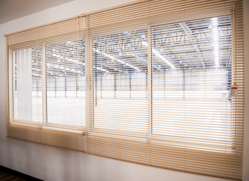 cheap professional window blinds company